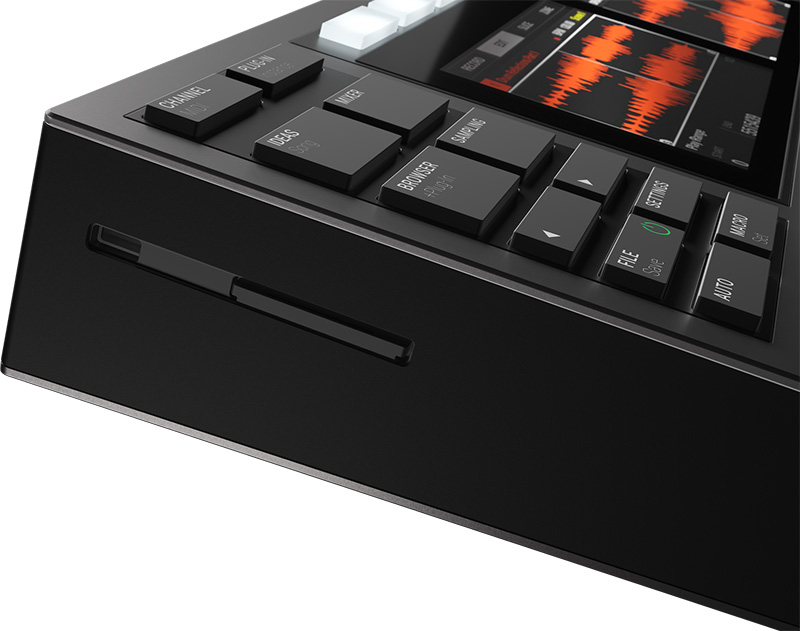 Native Instruments「MASCHINE+」イメージ3